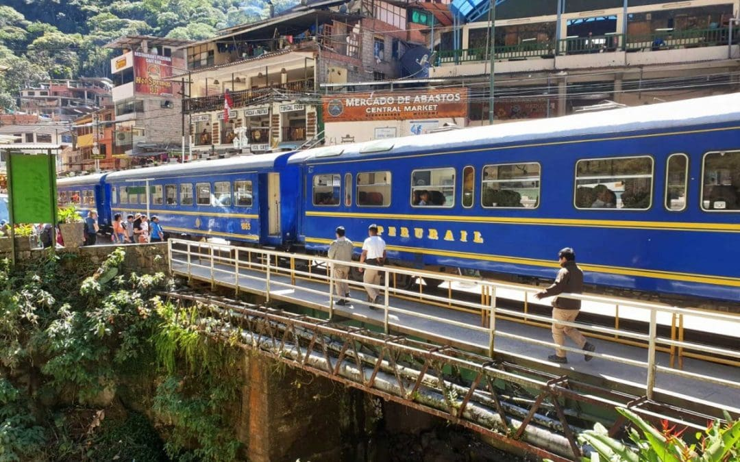 Transport to Machu Picchu: train from Cusco to Aguas Calientes